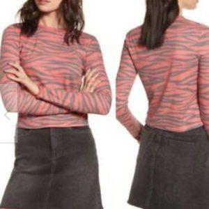 BP: NWT Red Zebra Stripe Cozy Thermal